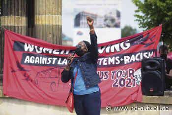 Tanzen für die Auflösung der Asylheime - nd - Journalismus von links