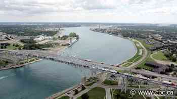 Sarnia, Port Huron mayors frustrated over lack of co-ordination on border restrictions