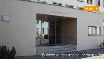 Mann beleidigt Altenpflegerin und muss nach Prozess in Haft - Augsburger Allgemeine
