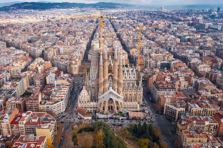 Heart-Stopping Photo Proves Why Barcelona Is An 'Immortal City'