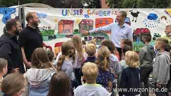 Kunstaktion in Ganderkesee: Schüler machen Baustellen gemeinsam bunter - Nordwest-Zeitung