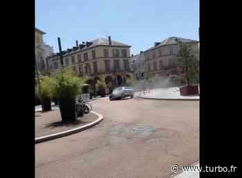 VIDEO - Le grand n'importe quoi en Peugeot 206 dans Mulhouse - Turbo.fr