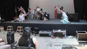 Le lycée Schumann de Chauny se mue en salle de spectacle pour Catherine Labouré - L'Aisne Nouvelle