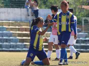 Capiatá tampoco afloja en el femenino - Fútbol - ABC Color