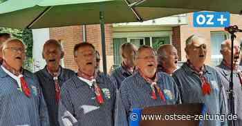 Shantychor Blänke aus Wismar singt nach langer Coronapause wieder - Ostsee Zeitung