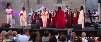 Trets : Une belle soirée de musique gospel entrainante au chateau avec le Divin Gospel Music, le dernier spectacle de liberté estivale ! - Trets au coeur de la Provence