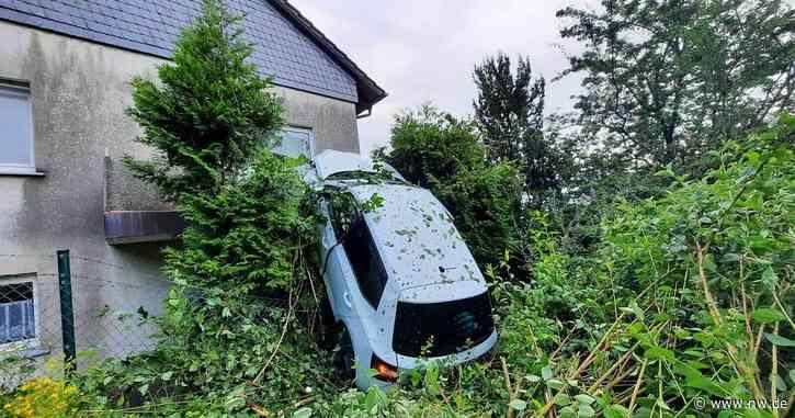 Bad Driburg - Kurioser Unfall in Bad Driburg: Auto schleudert in Balkon im Obergeschoss - Neue Westfälische