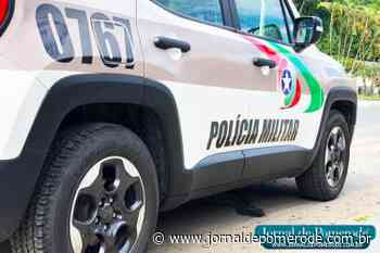 PM prende suspeito de roubo à loja em Jaraguá do Sul - Jornal de Pomerode