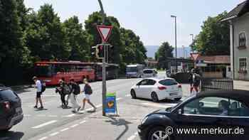 Alles ausgereizt: Gegen den täglichen Stau in Miesbach helfen nur noch Bagger - Merkur Online