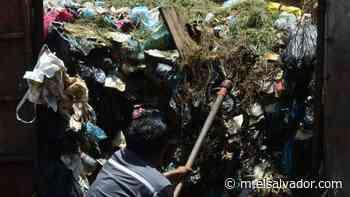 Basura acumulada desde abril genera malestar en habitantes de Cuscatancingo   Noticias de El Salvador - elsalvador.com