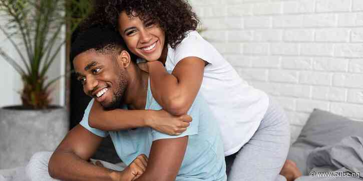 How to initiate sex: Men explain to women