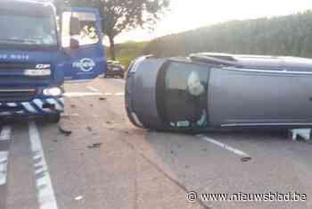 Auto rijdt achter op vuilniswagen: arbeider (33) uit Heusden-Zolder gewond