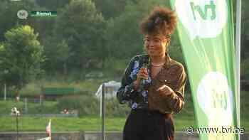 TVL Vertellingen: Soe Nsuki brengt publiek aan het lachen in Riemst - TV Limburg