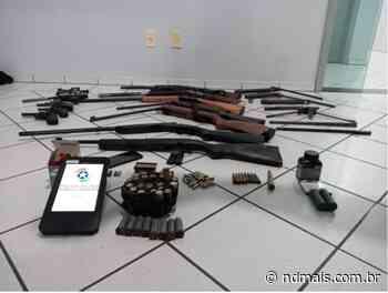 Policiais descobrem arsenal e 'oficina de manutenção' de armas em Indaial - ND Mais