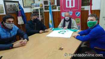 Histórico encuentro de la Liga de Junín con hinchas de Sarmiento - Diario La Verdad Junín