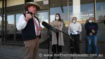 Deputy PM Barnaby Joyce announces Tamworth, Inverell, Armidale and Quirindi airports receive funds for crucial upgrades - The Northern Daily Leader