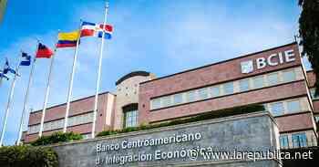 Costa Rica nombra su representante temporal ante el BCIE tras salida de Ottón Solís - Periódico La República (Costa Rica)