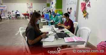 Puntos de vacunación en Bucaramanga están solos - Caracol Radio