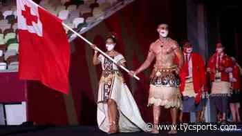 Torso desnudo y aceite de coco: quién es el abanderado de Tonga en Tokio 2020 - TyC Sports