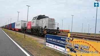Zug aus China erreicht Jade-Weser-Port: Sechs Länder, 10.000 Kilometer, zwei Spurweiten - Nordwest-Zeitung