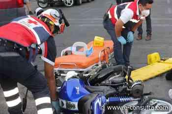 Muere motociclista tras impacto con auto particular en Ajalpan   e-consulta.com 2021 - e-consulta