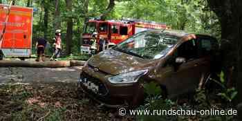 Troisdorf: 90-jähriger Autofahrer verliert in Kurve Kontrolle über Wagen - Kölnische Rundschau
