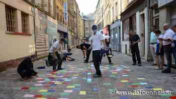 PHOTOS et VIDÉO. Les pavés de la rue au Beurre de Sedan prennent des couleurs - L'Ardennais