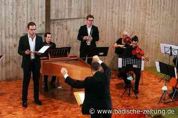 Evangelische Gemeinde Kirchzarten verabschiedet den Dirigenten Julian Handlos - Kirchzarten - Badische Zeitung