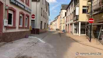 Trier-Ehrang nach Überflutung vom Müll befreit - SWR