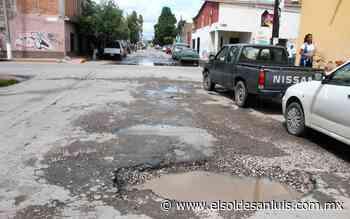 Por lluvias bacheo en Soledad - El Sol de San Luis
