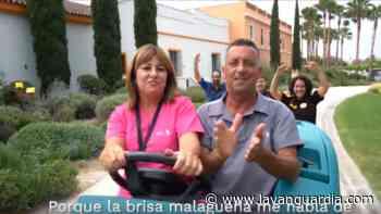 Los trabajadores del Plaza Mayor de Málaga sacan un nuevo hit que ya se ha vuelto viral - La Vanguardia