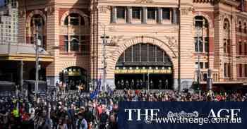 Thousands of anti-lockdown protesters descend on Melbourne CBD
