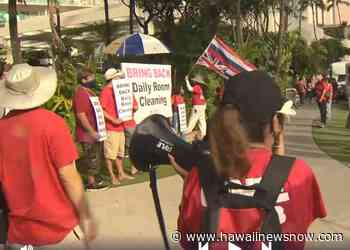 Hospitality workers call on hotels to bring back their jobs - Hawaii News Now