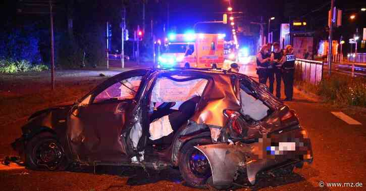 Mannheim:  Feudenheimer Straße nach Unfall bis zum Morgen teilgesperrt