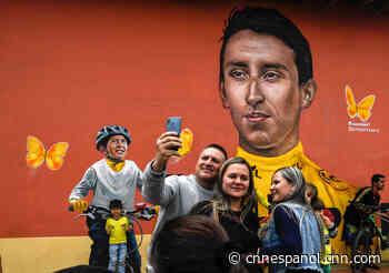 La muerte de Julián Esteban Gómez, la joven promesa del ciclismo que se volvió viral por llorar con la victoria de Egan Bernal en el Tour de Francia - CNN