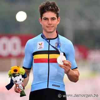 Wout van Aert pakt net als op WK zilver, maar: 'In Imola was ik daar niet zo blij mee. Dit is iets unieks'