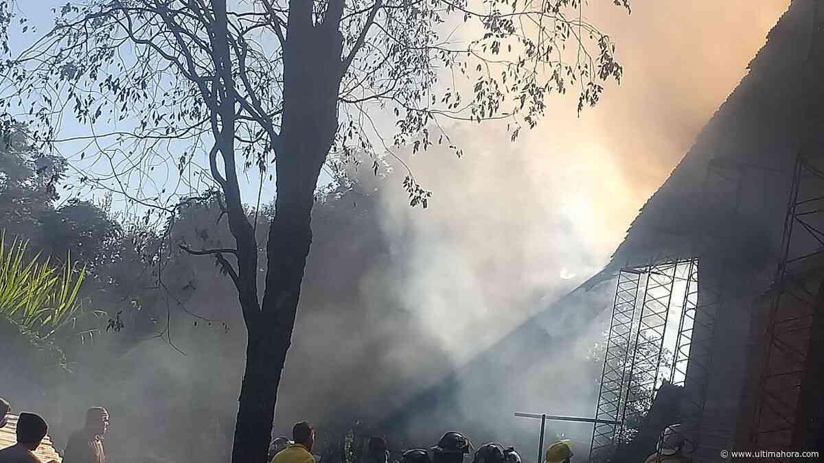 Yerbatera sufre voraz incendio en Edelira - ÚltimaHora.com