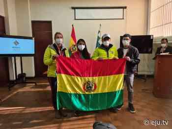 Alpinistas Ayaviri y Bialek reciben la tricolor nacional para flamearla en la cima de la montaña K2 - eju.tv