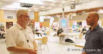 Speeddating mit den Firmen: Azubis müssen in Straubenhardt schnell überzeugen - Pforzheimer Zeitung