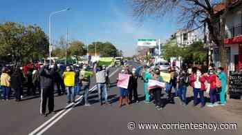 Corrientes: Enfermeros recrudecieron reclamos y cortaron la avenida Artigas - CorrientesHoy.com