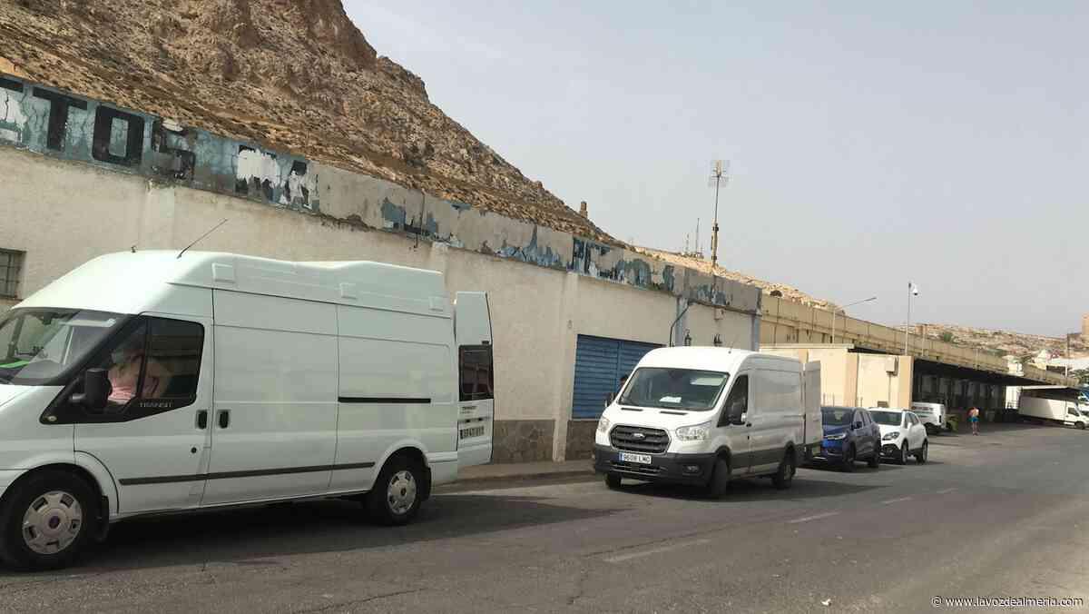 Rosario del Mar se 'muda': cambio de ubicación en el Puerto - La Voz de Almería