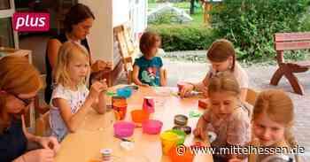 Ferienkinder werden in Dautphetal zu Schmuckdesignern - Mittelhessen