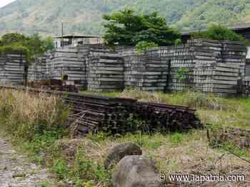 En Arauca (Palestina) solicitan el retiro de los polines del Ferrocarril - La Patria.com