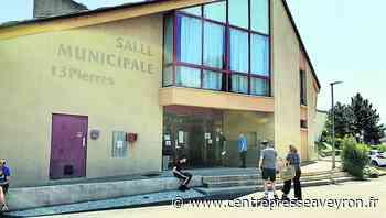 Covid-19 : à Villefranche-de-Rouergue, des habitants (un peu trop) pressés de se faire vacciner - Centre Presse Aveyron