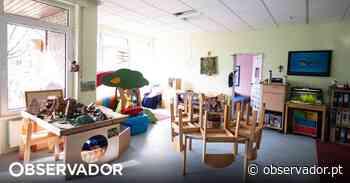 Pais de crianças sem creche acusam padre de Cedofeita, no Porto, de bloquear solução - Observador