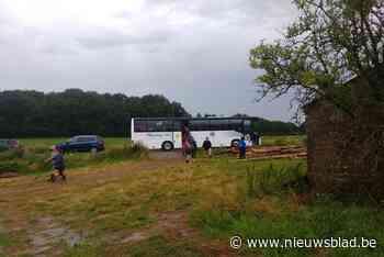 """Kamp van Chirogroep uit Kessel-Lo geëvacueerd na zware regenval: """"Zes uur, langer zijn de jongsten hier niet geweest"""""""