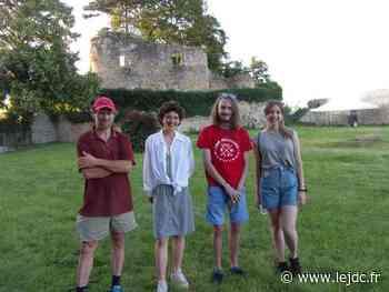 Un chantier-école est actuellement organisé au pied de la tour du Vieux Château - Le Journal du Centre
