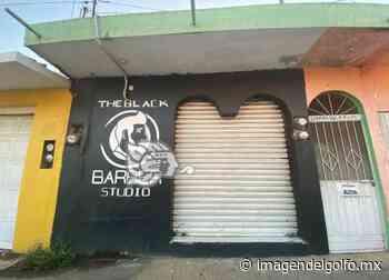 Violento asalto sufrieron clientes de una barbería en Acayucan - Imagen del Golfo