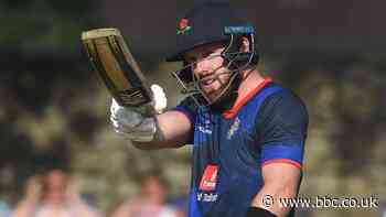 One-Day Cup: Danny Lamb leads Lancashire to win over Sussex