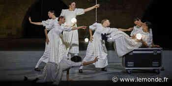 A Avignon, le tourbillon existentiel du metteur en scène et chorégraphe Marcos Morau - Le Monde